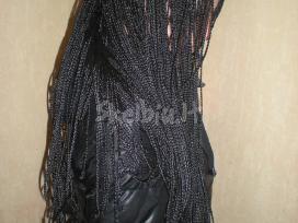 Afrikietiškų kasyčių pynimas-plaukų pluoštas