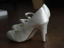 Vestuviniai bateliai