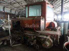 Traktorius DT-75 dalimis. - nuotraukos Nr. 3