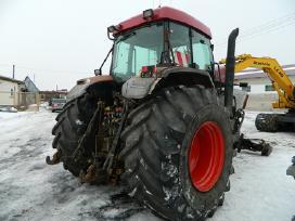 Šiuo Metu Mūsų Kieme Ardomi Traktoriai - nuotraukos Nr. 2