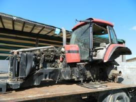 Šiuo Metu Mūsų Kieme Ardomi Traktoriai - nuotraukos Nr. 7