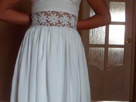 Nauja balta suknelė