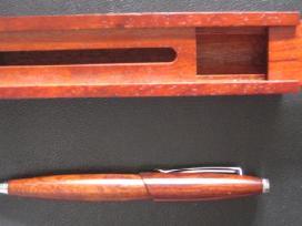 Tušinukas medinėje dėžutėje su magnetiniu uždarymu