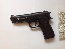 Naudotas airsoft pistoletas Beretta M9 vienašūvis - nuotraukos Nr. 2