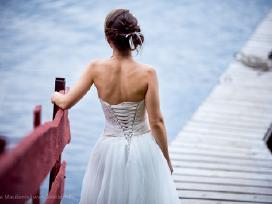 Elegantiška ir lengva vestuvinė suknelė