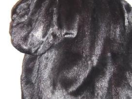 Juodos ūdros kailiniai. dideli.nuolaida