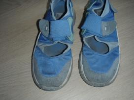 41 dydzio sportiniai batai
