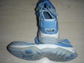 41 dydžio sportiniai batai