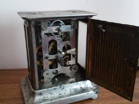 Antikvarinis laikrodis.