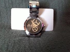 Parduodu laikrodi.