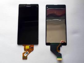 Sony Xperia ekranai