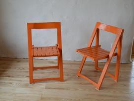 Įvairios kėdės.