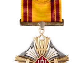 Perku CCP ordinus, apdovanojimus, ženkliukus