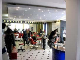 Grozio salonas Alpetri,centras