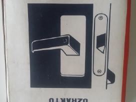 Spynos,duru belstukas,raktai,lygintuvas
