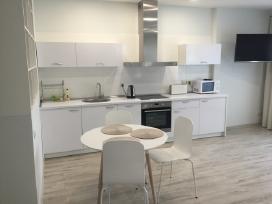 Balti apartamentai Zaliakalnyje