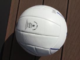 Adidas tinklinio kamuolys