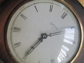 1940-1950 metų Smith laikrodis