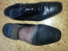 Juodi klasikiniai batai