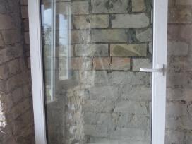 durys plotis 95 cm aukstis 215 cm