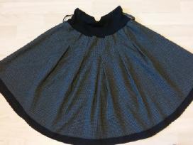 Parduodamas sijonas, tinkamas ir mokyklai
