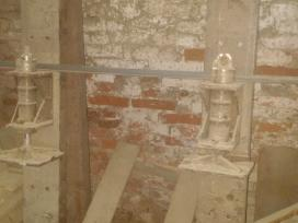 Presas siju sienoju klijavimui