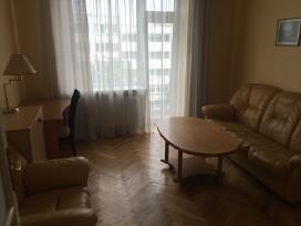 Kambarys 2k bute, plyt. name, žaliakalnyje