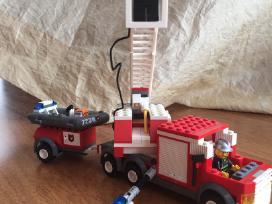 Lego konstruktorius 7239 - nuotraukos Nr. 2