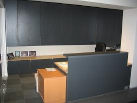 Biuro baldai -Spintos