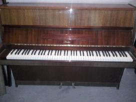 Parduodu ruda pianina Riosler