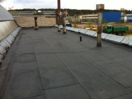 Plokščių stogų dengimas prilydoma danga - nuotraukos Nr. 2