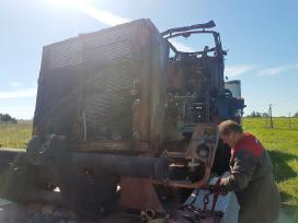 Traktorius Claas Xerion 4000 Ardomas Dalimis