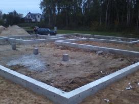 Betonuotojai. Mūro, stogo darbai.