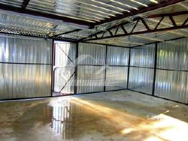 Vidinė garažo konstrukcija