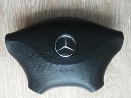 Mercedes-benz oro pagalve