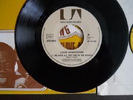 Plokšt. vinil. Louis Armstrong, Tom Jones kolekcin