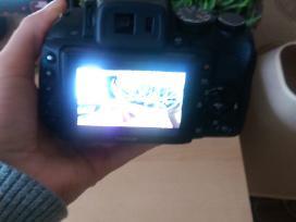 Parduodamas fotoaparatas