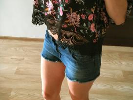 Trumpi džinsiniai šortai