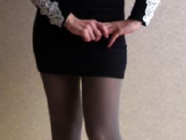 Juoda suknelė su baltais nėriniais S 36