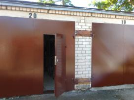 Garažo vartai,sandelio durys,laiptines durys