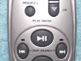Distancinį pultą * First * audio centrams