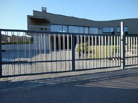 Stumdomi ir atveriami kiemo vartai iš profesionalų - nuotraukos Nr. 6
