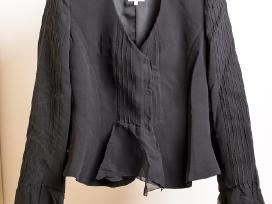 Armani juodas kostiumėlis