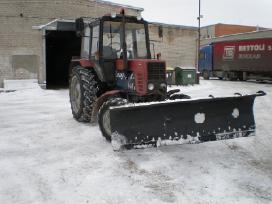 Mechanizuotas teritorijų valymas nuo sniego