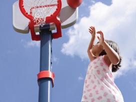 Nauji reguliuojami krepšinio stovai