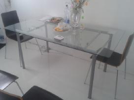 Parduodu valgomojo stalą
