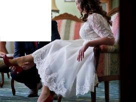 Trumpa romantiška vestuvinė suknelė