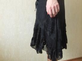 Originalaus modelio velvetinis sijonas