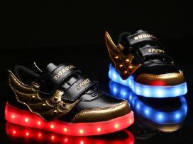 Šviečiantys batai