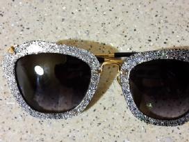 Parduodu moteriškus vitažinius akinius
